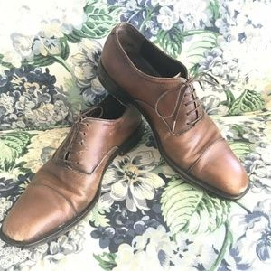 Salvatore Ferragamo 7.5 D Cap Toe Oxfords Leather